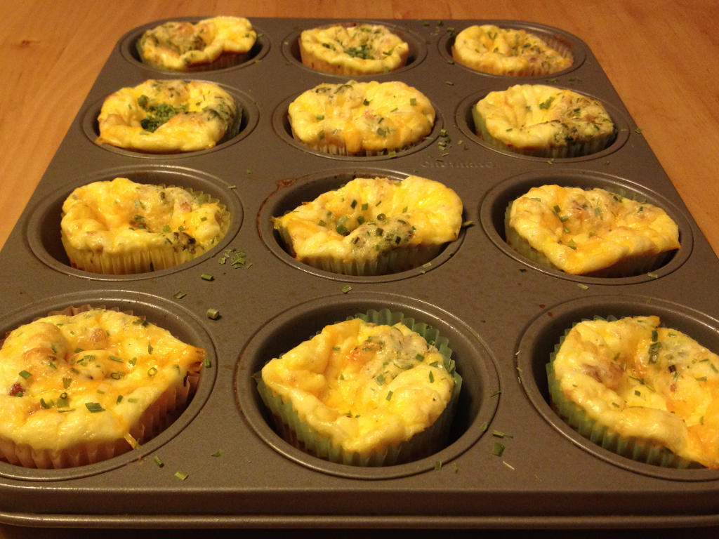 Bacon, Egg, and Cheese Breakfast Muffins | T1D and Gluten Free